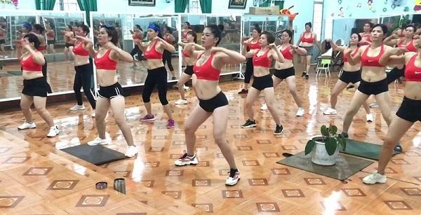 Bài tập aerobic giảm mỡ bụng siêu nhanh