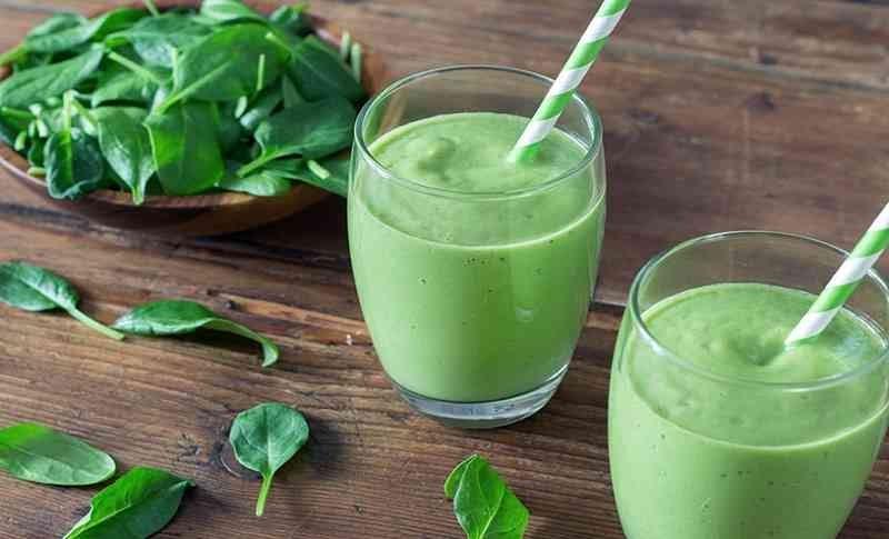Nước ép cải bó xôi có thể làm giảm huyết áp và có tác dụng kháng axit