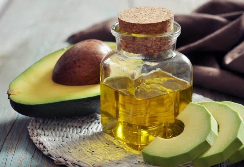 Những lợi ích từ tinh dầu bơ được kiểm chứng bởi người dùng
