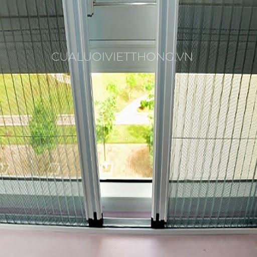 Cửa lưới chống muỗi dạng xếp là loại cửa thông dụng nhất với thiết kế nan quạt