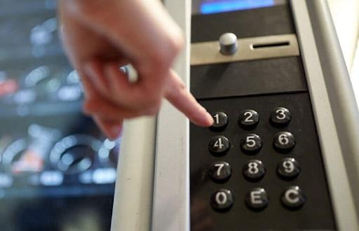 Bàn phím có nhiều tính năng để phù hợp với phần mềm máy bán hàng tự động